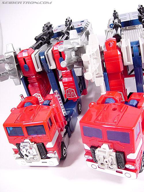 Transformers Super God Masterforce Powermaster Optimus Prime (Super Ginrai) (Image #9 of 64)