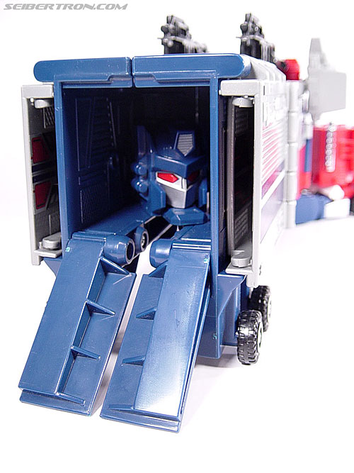 Transformers Super God Masterforce Powermaster Optimus Prime (Super Ginrai) (Image #18 of 64)