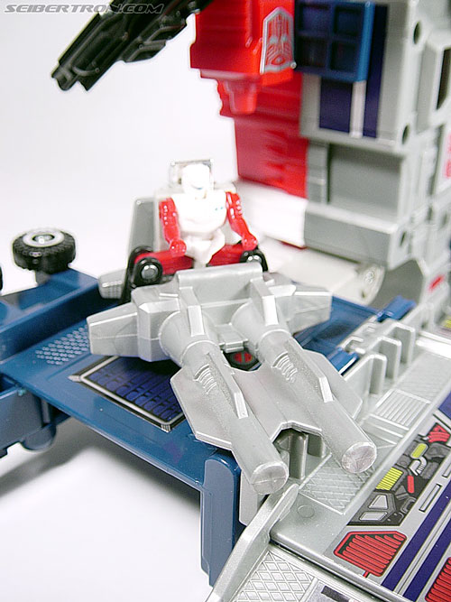 Transformers Super God Masterforce Powermaster Optimus Prime (Super Ginrai) (Image #28 of 64)