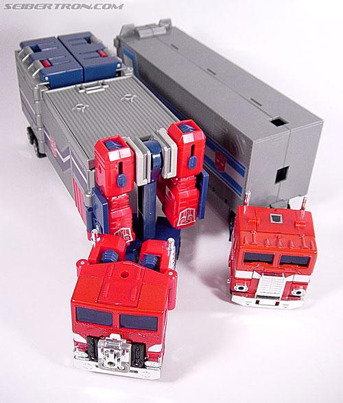 Transformers Super God Masterforce Powermaster Optimus Prime (Super Ginrai) (Image #36 of 64)