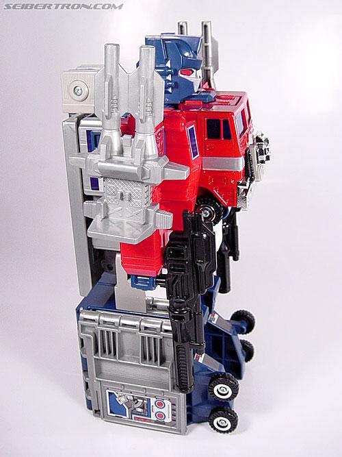 Transformers Super God Masterforce Powermaster Optimus Prime (Super Ginrai) (Image #46 of 64)