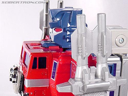 Transformers Super God Masterforce Powermaster Optimus Prime (Super Ginrai) (Image #47 of 64)