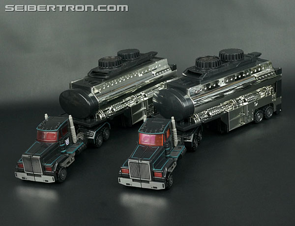 Transformers News: New Gallery: Car Robots D-012 Black Convoy