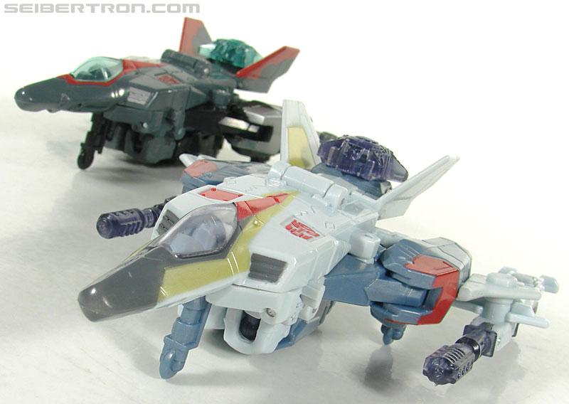 Transformers Universe - Classics 2.0 Airazor (Image #20 of 113)