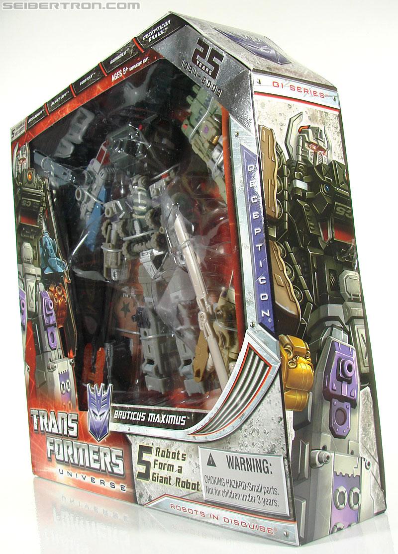Transformers Universe - Classics 2.0 Bruticus Maximus (Image #24 of 152)
