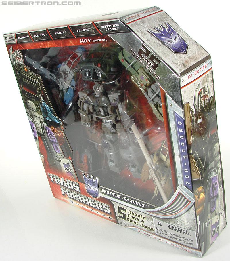 Transformers Universe - Classics 2.0 Bruticus Maximus (Image #25 of 152)