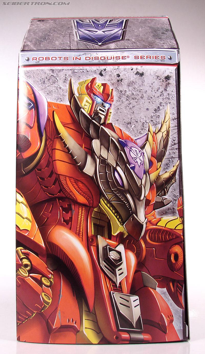 Transformers Universe - Classics 2.0 Bruticus (Image #19 of 128)