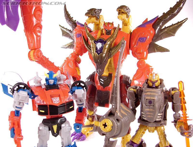 Transformers Universe - Classics 2.0 Bruticus (Image #127 of 128)