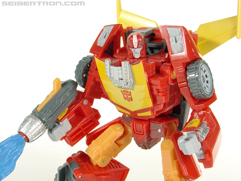 Transformers Universe - Classics 2.0 Rodimus (Challenge At Cybertron) (Image #63 of 119)