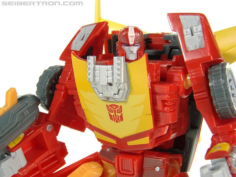 Transformers Universe - Classics 2.0 Rodimus (Challenge At Cybertron) (Image #66 of 119)