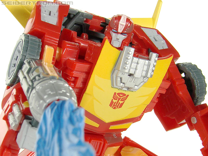Transformers Universe - Classics 2.0 Rodimus (Challenge At Cybertron) (Image #72 of 119)