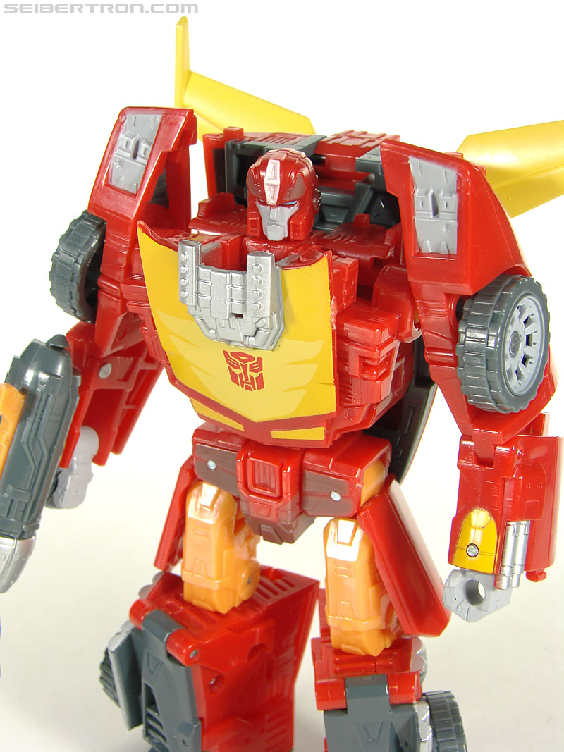 Transformers Universe - Classics 2.0 Rodimus (Challenge At Cybertron) (Image #87 of 119)