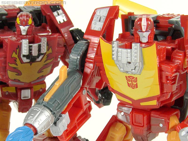 Transformers Universe - Classics 2.0 Rodimus (Challenge At Cybertron) (Image #109 of 119)