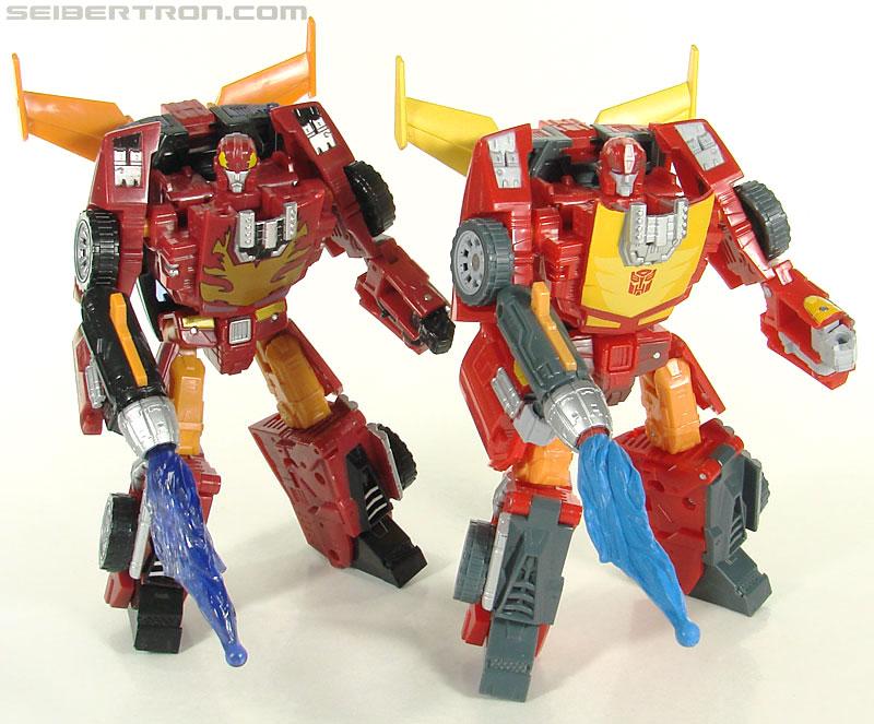 Transformers Universe - Classics 2.0 Rodimus (Challenge At Cybertron) (Image #111 of 119)