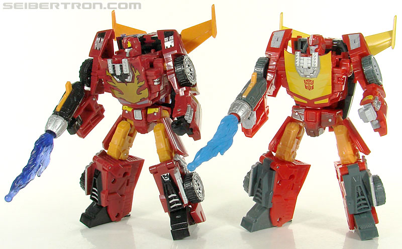 Transformers Universe - Classics 2.0 Rodimus (Challenge At Cybertron) (Image #114 of 119)