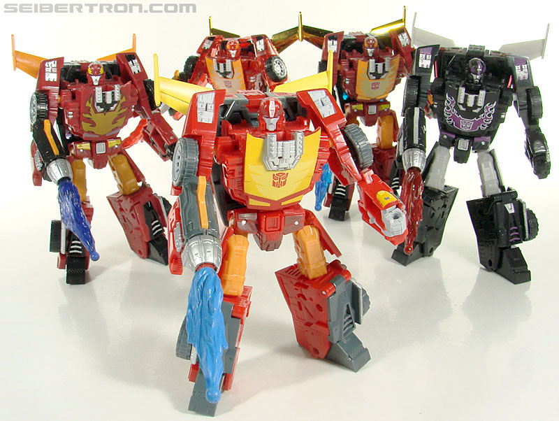 Transformers Universe - Classics 2.0 Rodimus (Challenge At Cybertron) (Image #115 of 119)