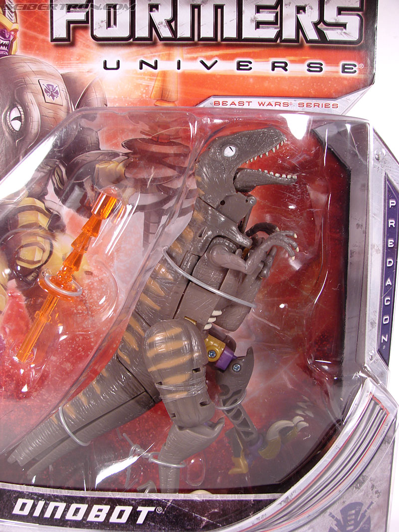 Transformers Universe - Classics 2.0 Dinobot (Image #2 of 181)