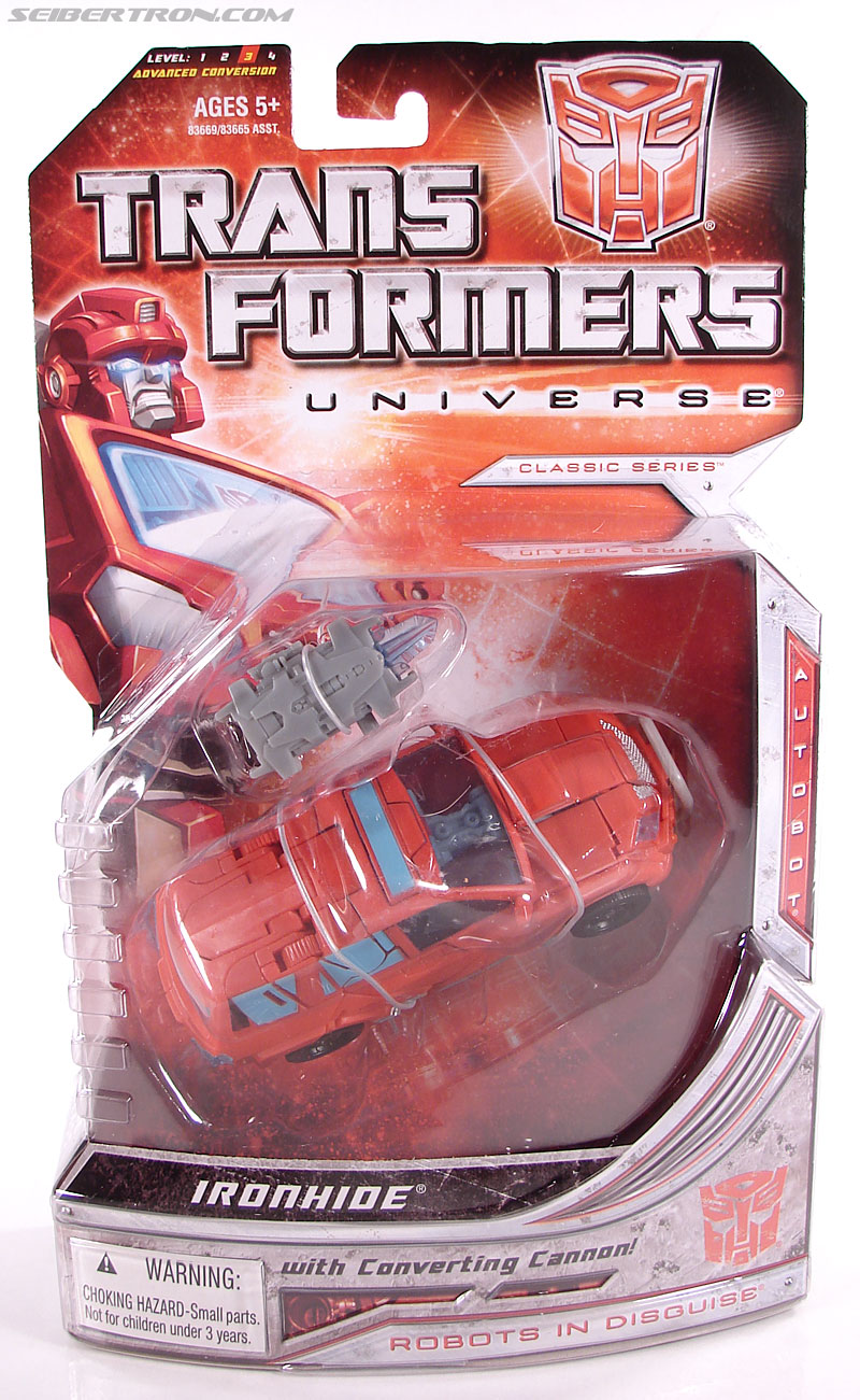 Transformers Universe - Classics 2.0 Ironhide (Image #1 of 125)