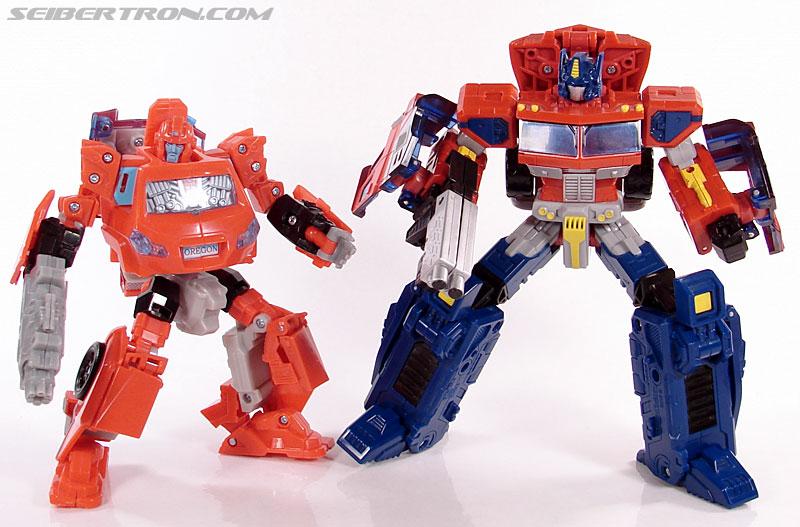 Transformers Universe - Classics 2.0 Ironhide (Image #97 of 125)