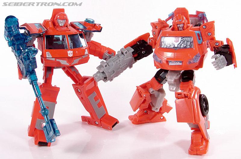 Transformers Universe - Classics 2.0 Ironhide (Image #112 of 125)
