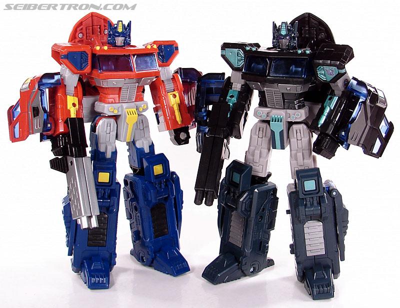 Transformers Universe - Classics 2.0 Nemesis Prime (Black Convoy) (Image #100 of 119)