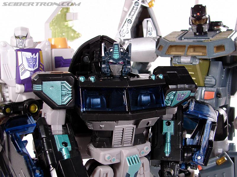 Transformers Universe - Classics 2.0 Nemesis Prime (Black Convoy) (Image #117 of 119)