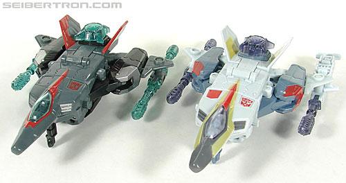 Transformers Universe - Classics 2.0 Airazor (Image #19 of 113)