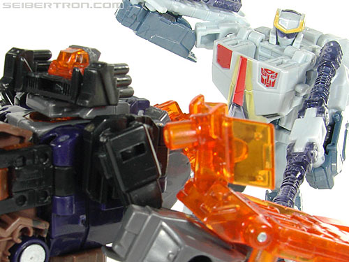 Transformers Universe - Classics 2.0 Airazor (Image #112 of 113)