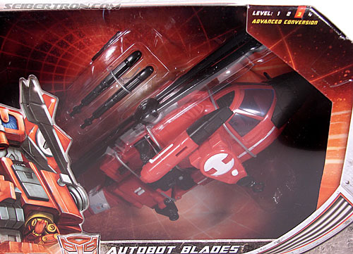 Transformers Universe - Classics 2.0 Blades (Image #2 of 131)