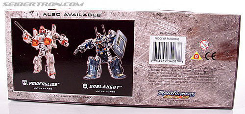 Transformers Universe - Classics 2.0 Blaster (Image #19 of 132)