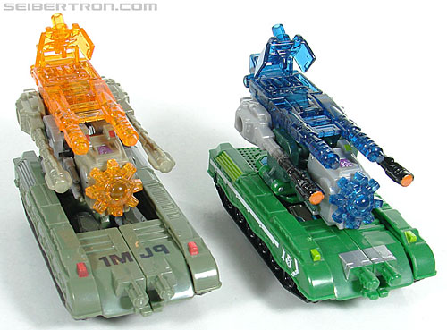 Transformers Universe - Classics 2.0 Brawl (Image #16 of 130)