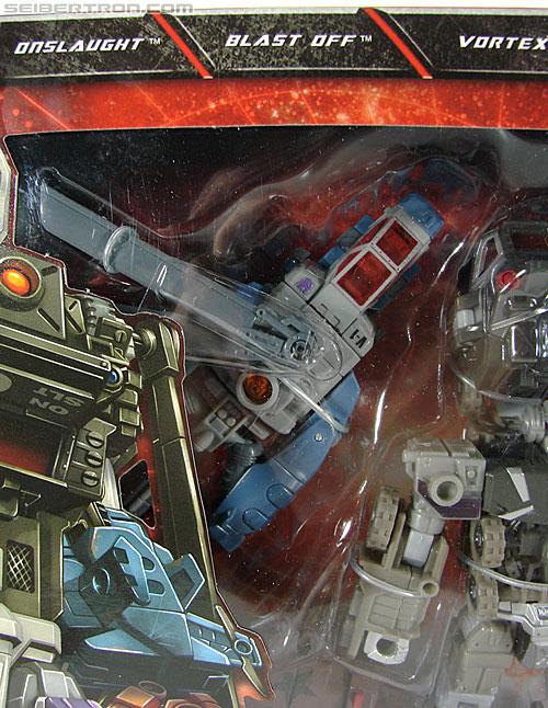 Transformers Universe - Classics 2.0 Bruticus Maximus (Image #3 of 152)