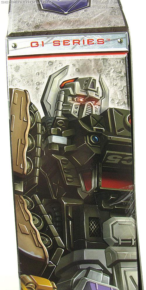 Transformers Universe - Classics 2.0 Bruticus Maximus (Image #22 of 152)