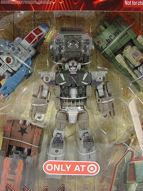 Transformers Universe - Classics 2.0 Bruticus Maximus (Image #30 of 152)