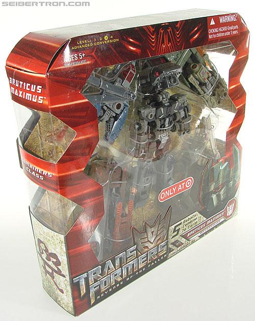 Transformers Universe - Classics 2.0 Bruticus Maximus (Image #37 of 152)