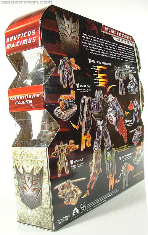 Transformers Universe - Classics 2.0 Bruticus Maximus (Image #46 of 152)