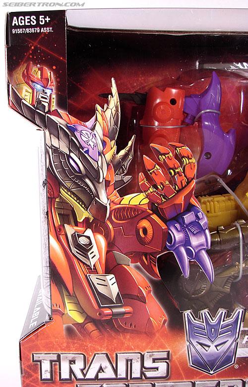 Transformers Universe - Classics 2.0 Bruticus (Image #3 of 128)