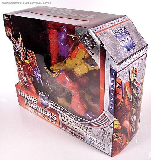 Transformers Universe - Classics 2.0 Bruticus (Image #21 of 128)