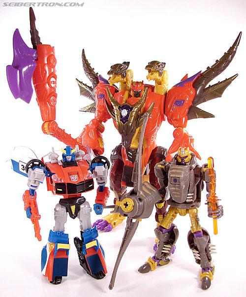Transformers Universe - Classics 2.0 Bruticus (Image #128 of 128)