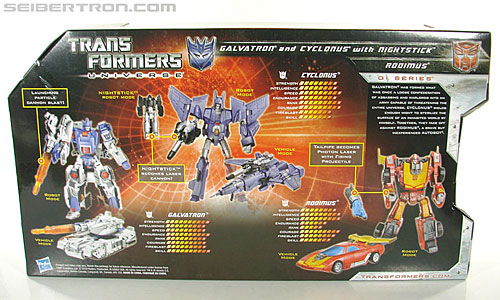 Transformers Universe - Classics 2.0 Cyclonus (Challenge at Cybertron) (Image #13 of 155)
