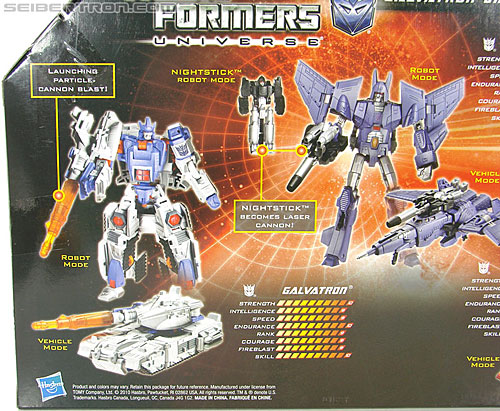 Transformers Universe - Classics 2.0 Cyclonus (Challenge at Cybertron) (Image #14 of 155)