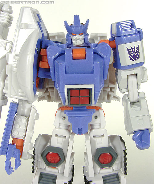Transformers Universe - Classics 2.0 Galvatron (Challenge at Cybertron) (Image #30 of 104)