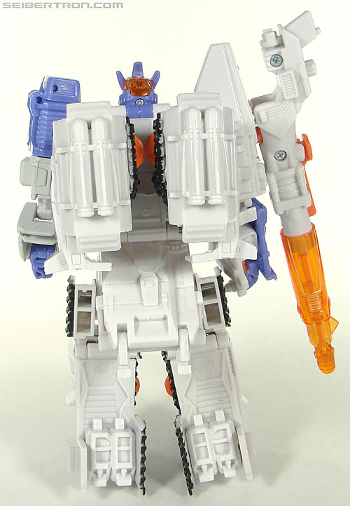 Transformers Universe - Classics 2.0 Galvatron (Challenge at Cybertron) (Image #40 of 104)