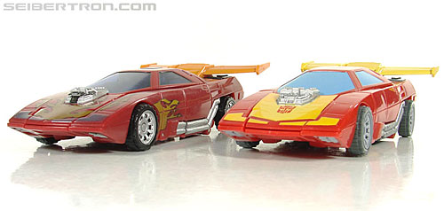 Transformers Universe - Classics 2.0 Rodimus (Challenge At Cybertron) (Image #20 of 119)