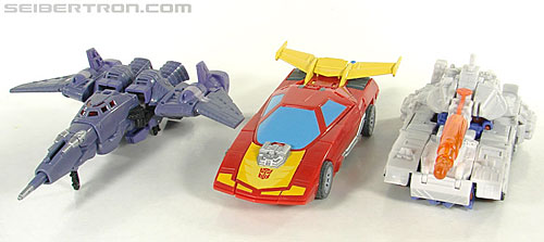 Transformers Universe - Classics 2.0 Rodimus (Challenge At Cybertron) (Image #26 of 119)