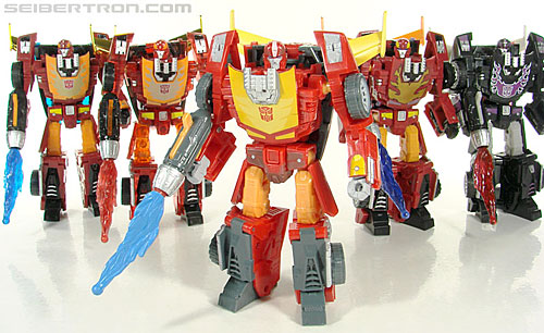 Transformers Universe - Classics 2.0 Rodimus (Challenge At Cybertron) (Image #119 of 119)