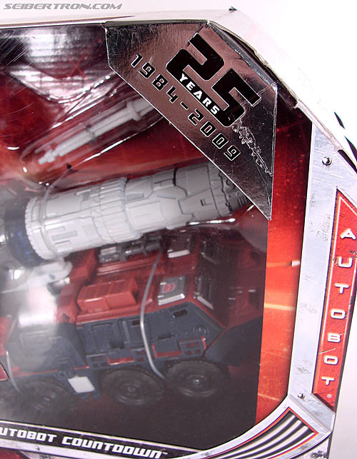 Transformers Universe - Classics 2.0 Countdown (Image #2 of 168)
