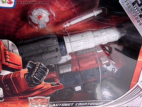 Transformers Universe - Classics 2.0 Countdown (Image #3 of 168)