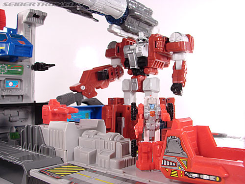 Transformers Universe - Classics 2.0 Countdown (Image #166 of 168)
