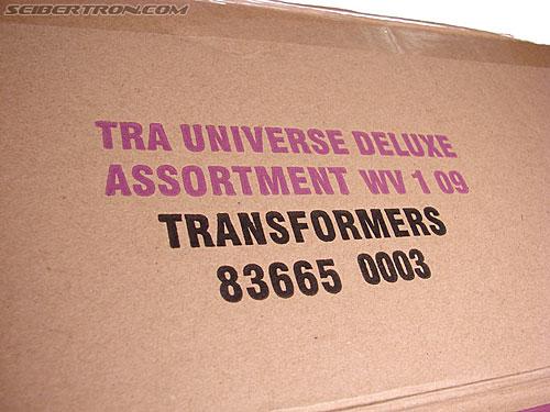 Transformers Universe - Classics 2.0 Cyclonus (Image #2 of 195)